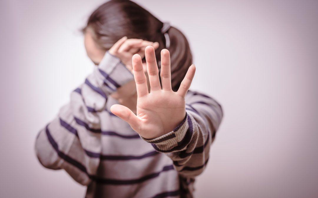 Przemoc w rodzinie. Czym jest i jak sobie z nią poradzić?