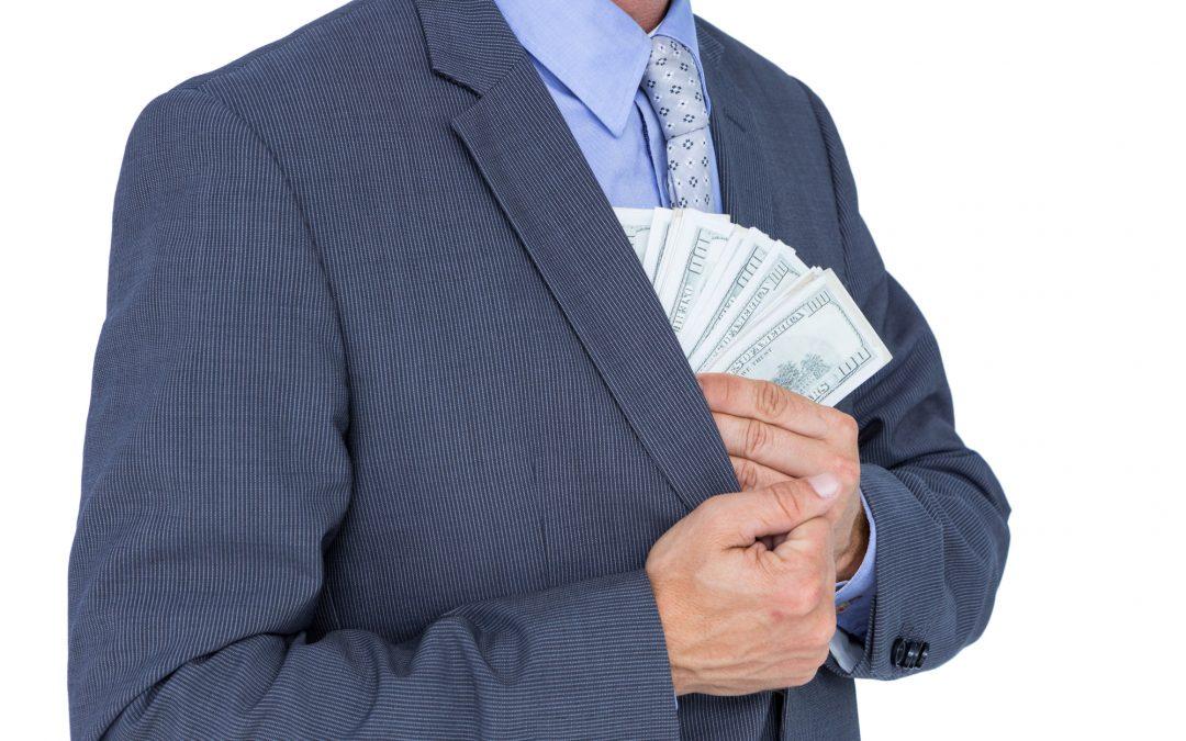 Oszuści wyłudzają pieniądze na RODO