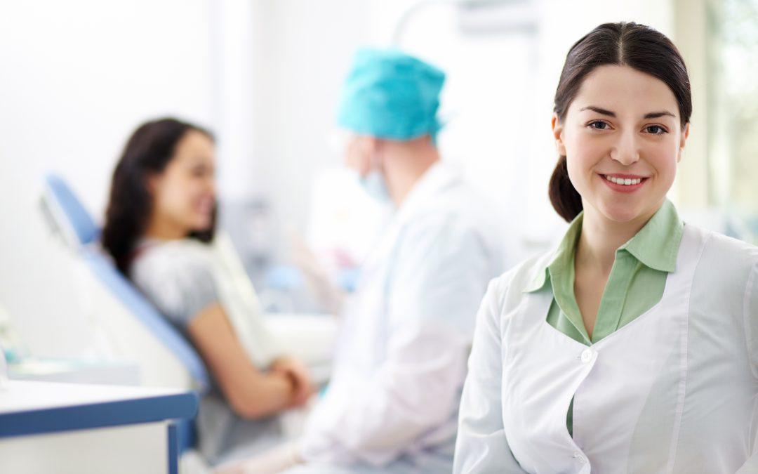W Polsce brakuje pracowników w pielęgniarstwie i położnictwie