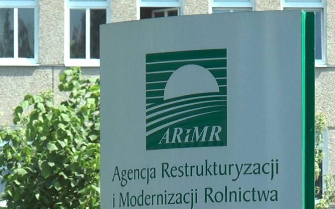 ARiMR ostrzega przed anonimowymi SMS-ami ws. dopłat