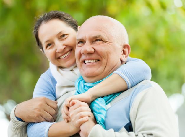 Jak otrzymać Ogólnopolską Kartę Seniora?