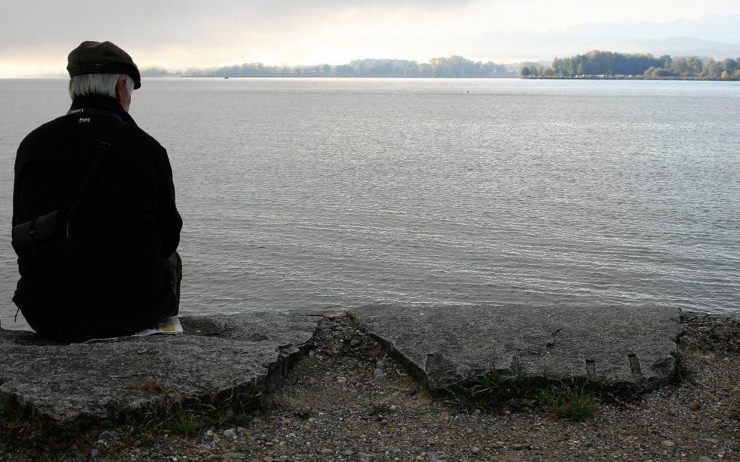 Przeciwdziałanie izolacji społecznej i dobre praktyki zapobiegania samotności seniorów