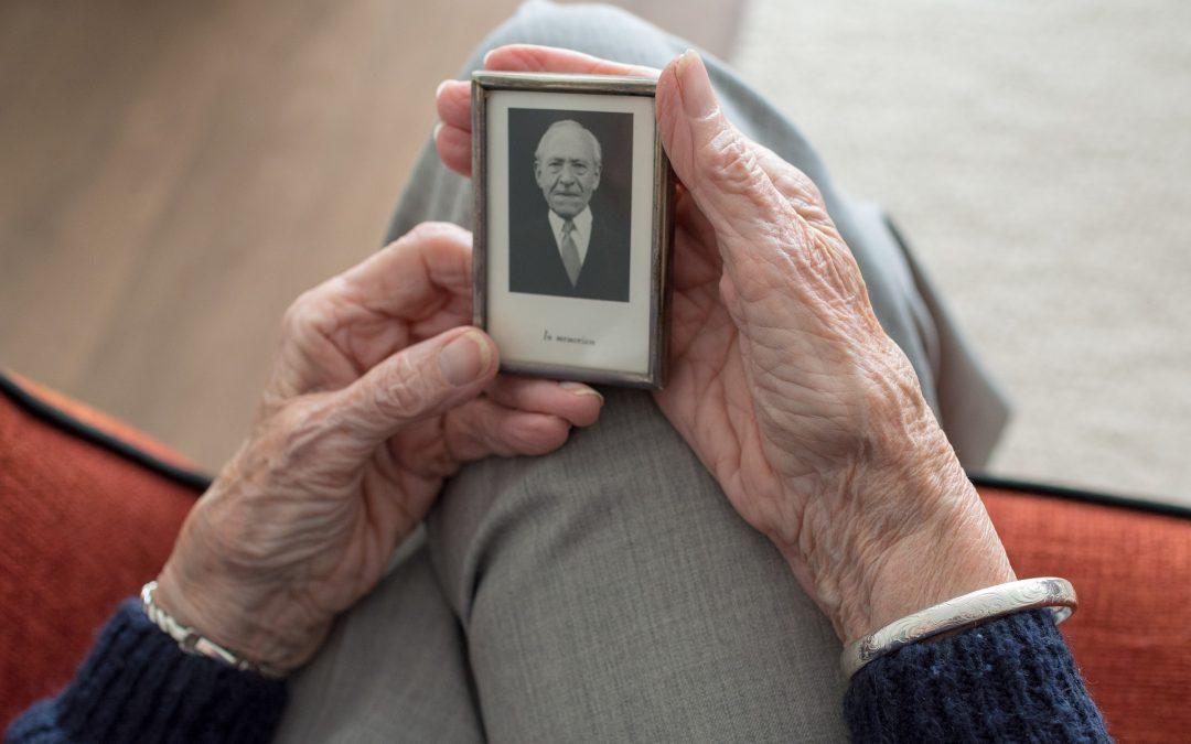 Izolacja i wykluczenie społeczne jako wyzwania i zagrożenia dotykające szczególnie osób starszych
