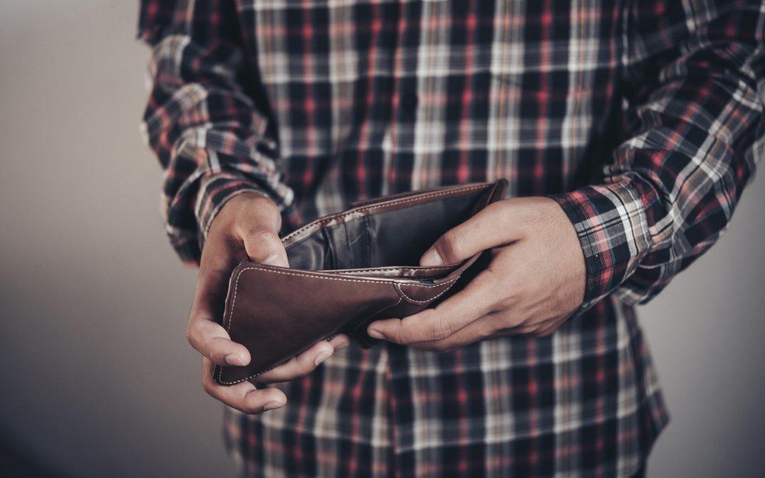 """Przestępcy wyłudzają pieniądze metodą """"na czynsz"""""""