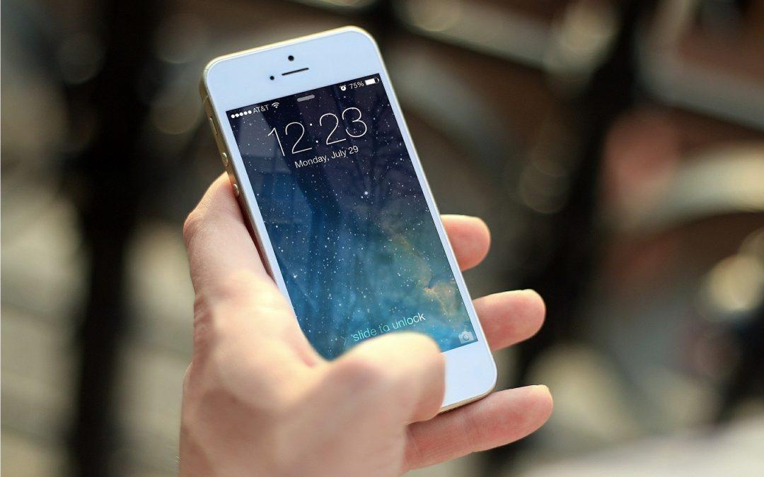 Uwaga na tapetę uszkadzającą smartfony