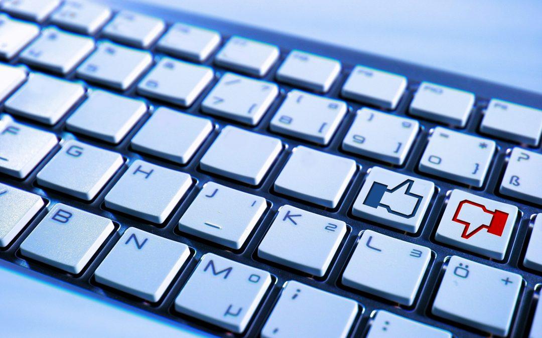 CERT Polska: Uwaga na fałszywe e-maile od Facebooka