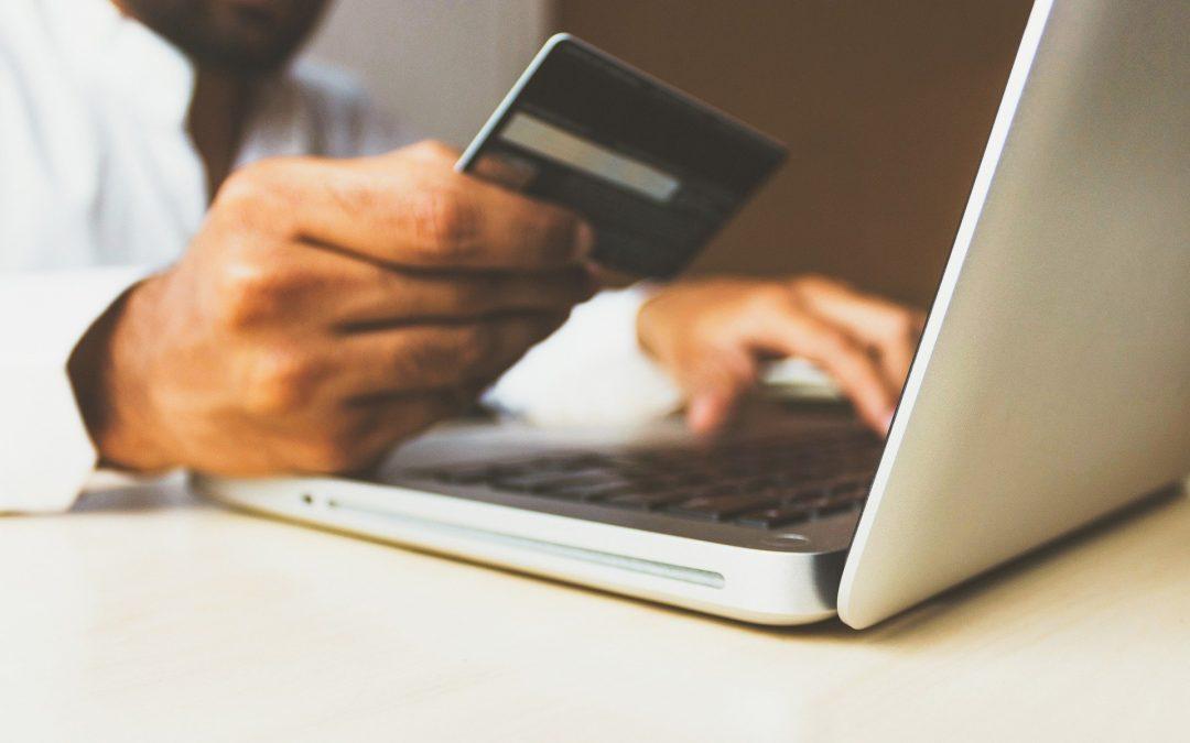Policja: Jak odzyskać pieniądze skradzione w internecie?