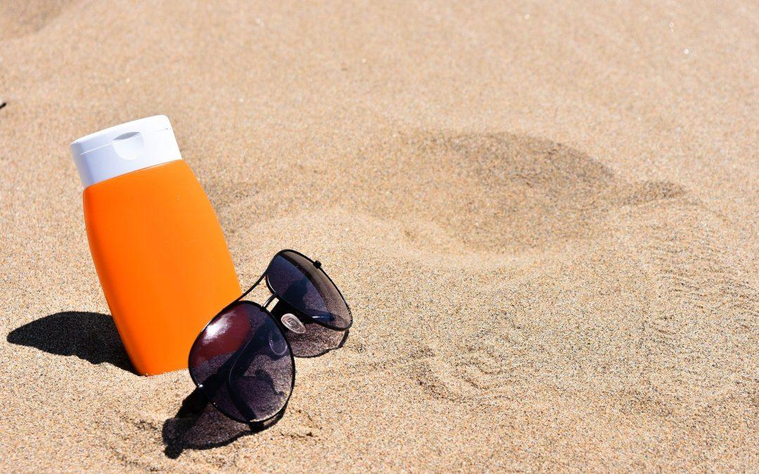 MZ ostrzega przed opalaniem i korzystaniem z solarium